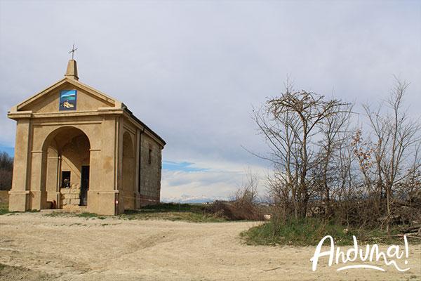 chiesetta di sant'anna nella frazione coppi di cella monte basso monferrato